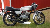 '77 RD400