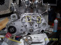Engine assembled. Showing valve lifter mecahanism.jpg