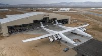 stratolaunch-rollout.jpg