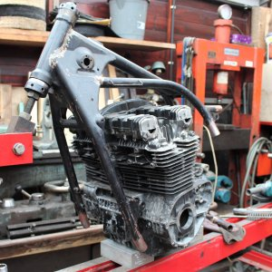 Z650/1100 Widening the frame