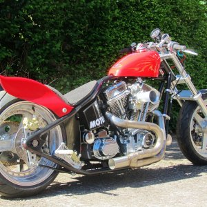 Evo Big Twin 127inch Drag Bike