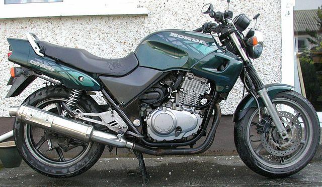 640px-Honda_CB500_twin.jpg