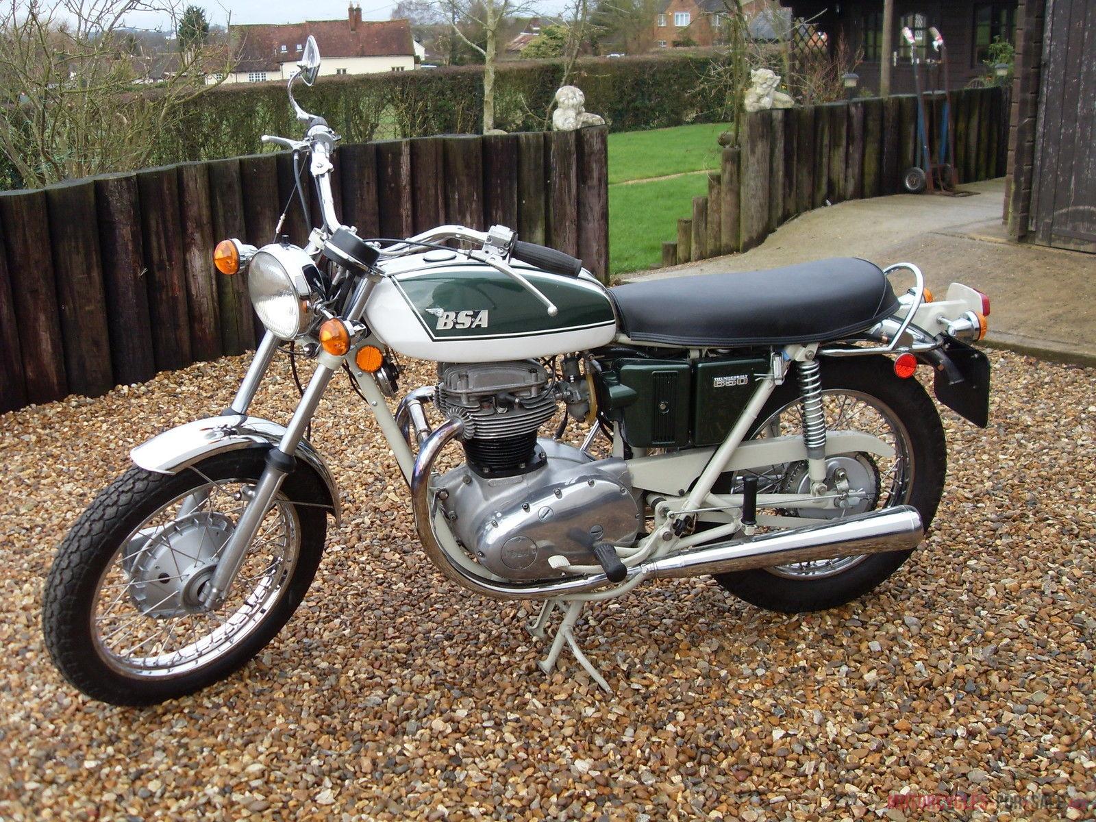 motorbike417049.jpg